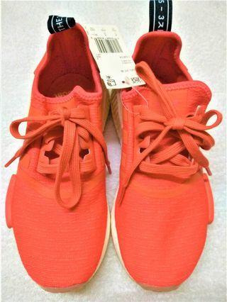 愛迪達女用運動鞋Adidas coral 系列NMD_R1W尺寸36.5