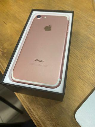 Mint condition iPhone 7 128 GB rose gold