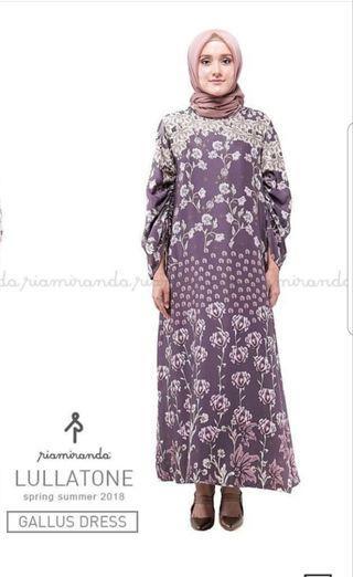 Ria Miranda Galus Dress