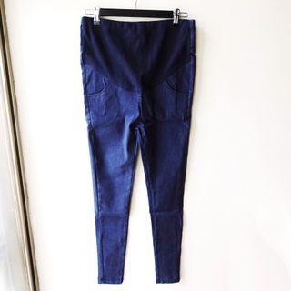 深藍色素面合身款彈性牛仔單寧布料高腰可調節孕婦長褲S號