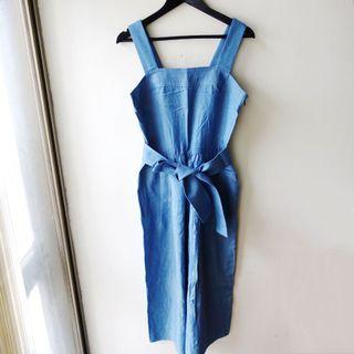 日本品牌DRWCYS淺藍色牛仔布料材質平口寬版肩帶無袖背心連身長褲寬褲洋裝附腰帶1號