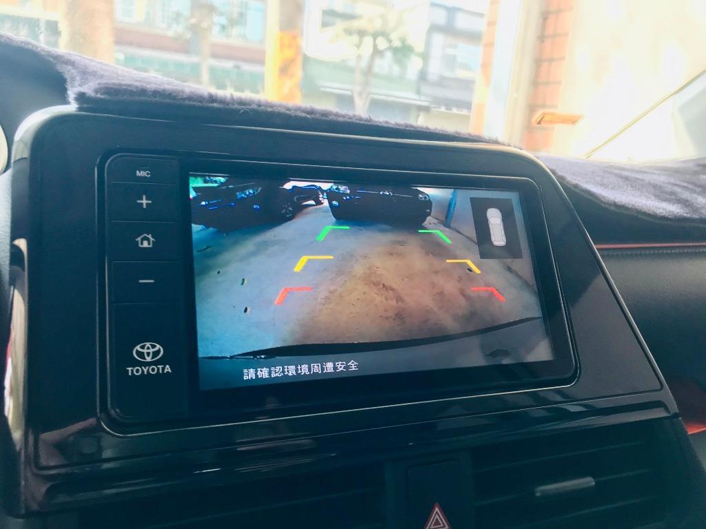 2017 Toyota Sienta 1.8 5人座 從沒想過五人的小休旅也可以跟靈活並肩同行 ❗
