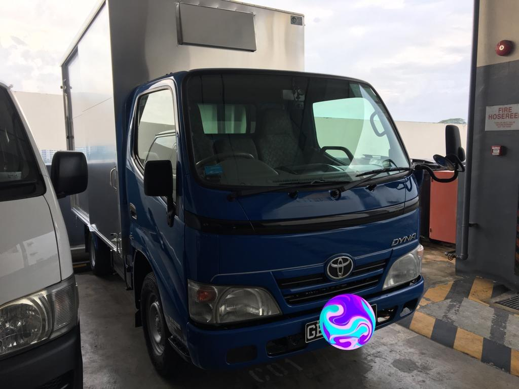 Toyota dyna 10ft box
