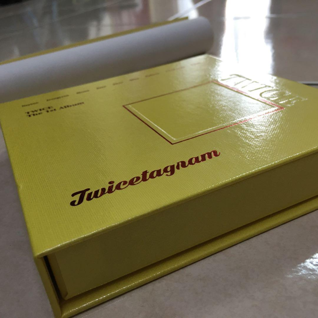 TWICE OFFICIAL 1st ALBUM UNSEALED TWICETAGRAM LIKEY FULL PACKAGE INCLUDING PHOTOCARD PC Yellow Outbox B version