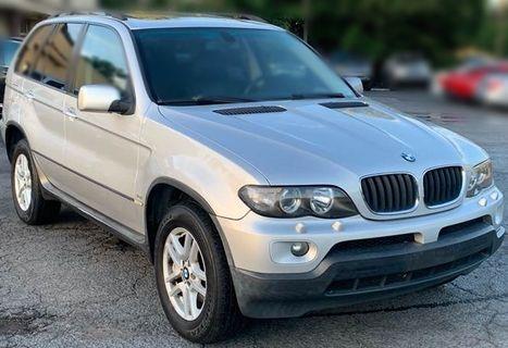 Jc car 2006年 BMW X5 3.0L 總代理滿配 環保耗材皆更新 全景天窗 多功能大螢幕 4WD大馬力豪華休旅