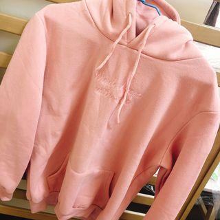 粉色字母大學t
