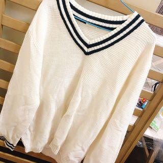 學院風長版毛衣
