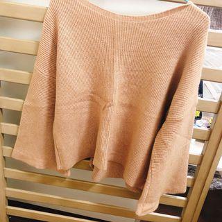 棕色寬袖毛衣
