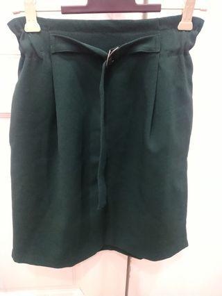 正韓 前釦環造型花苞短裙 綠F