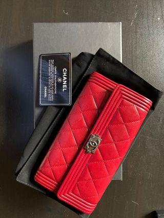 Chanel boy long wallet.100% real excellent condition