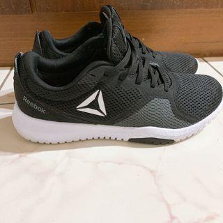 REEBOK FLEXAGON FORCE 透氣避震訓練鞋 黑灰銀 DV6206 女鞋 25