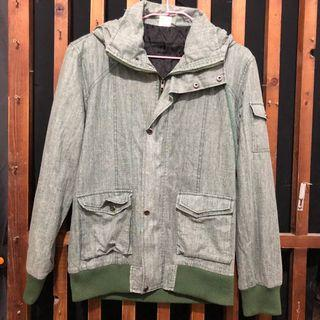淺綠色外套 M