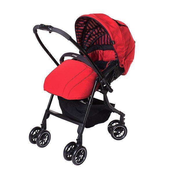 Combi 嬰兒手推車