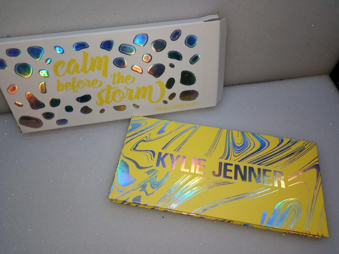 Kylie cosmetics - calm before the storm eyeshadow palette