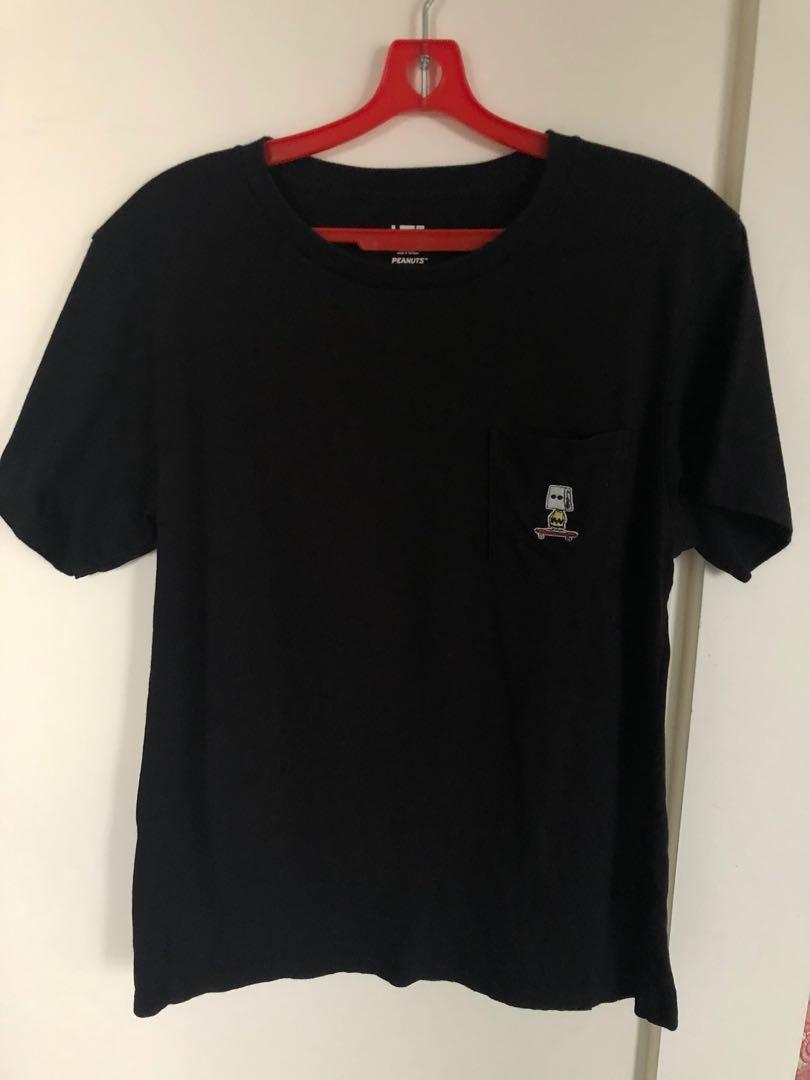 Uniqlo Peanuts Collection Classic Black Tee with Charlie Brown Paperbag Patch Front Pocket - Size M