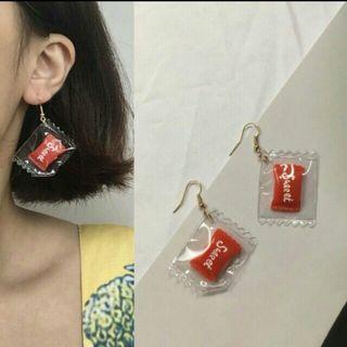 俏皮紅色糖果耳環