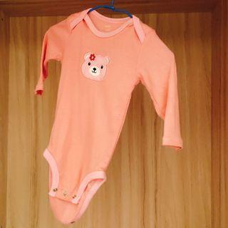 粉色熊熊包屁衣