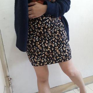 Lovfee豹紋短裙