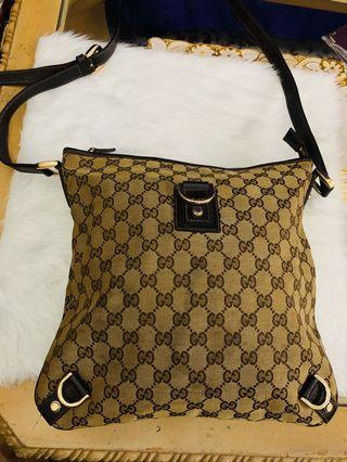 ❤️SALE❤️ Gucci messenger bag