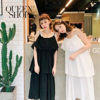 Queen shop 全新細肩荷葉洋裝(黑)