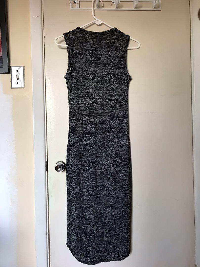 Aritzia Wilfred Free Sleeveless Bodycon Midi Dress