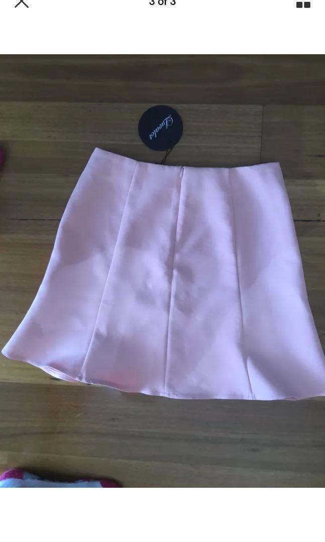 Bnwot Ladies Luvalot Apricot Pink New Skirt Size 10