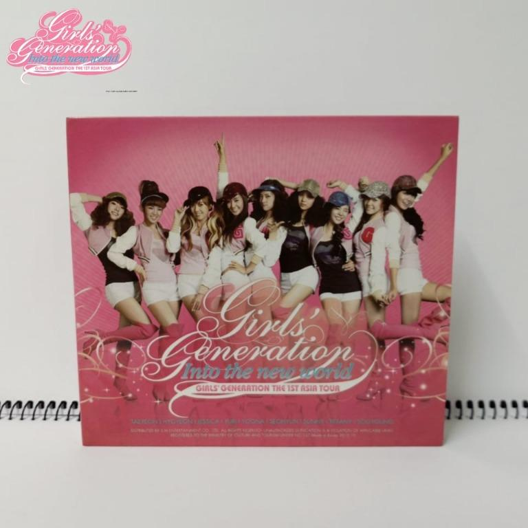 "Girl's Generation "" Into The New World 1"" CD Album"