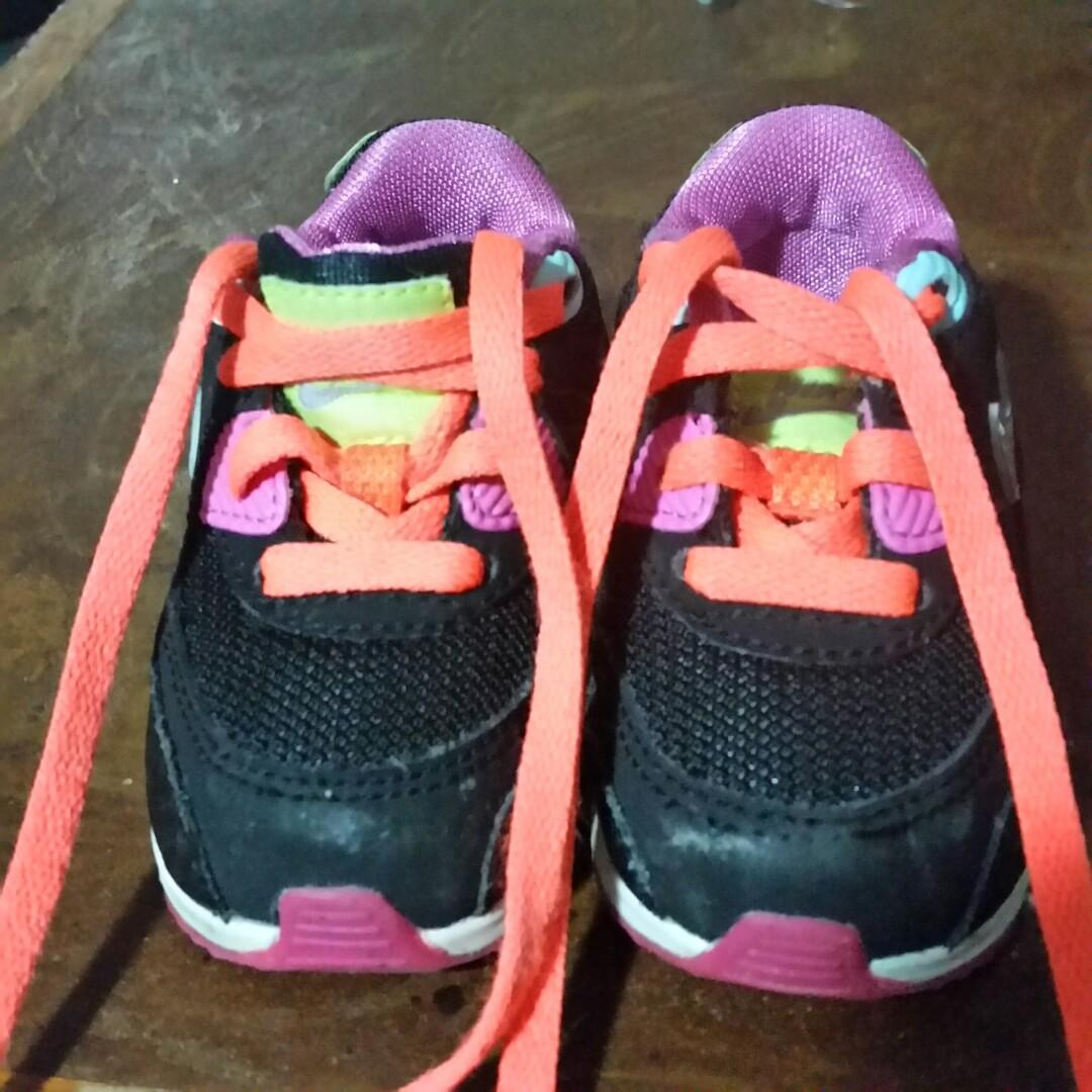 Nike Air Max toddlers first runners multi colored S 2.5 Uk excellent con