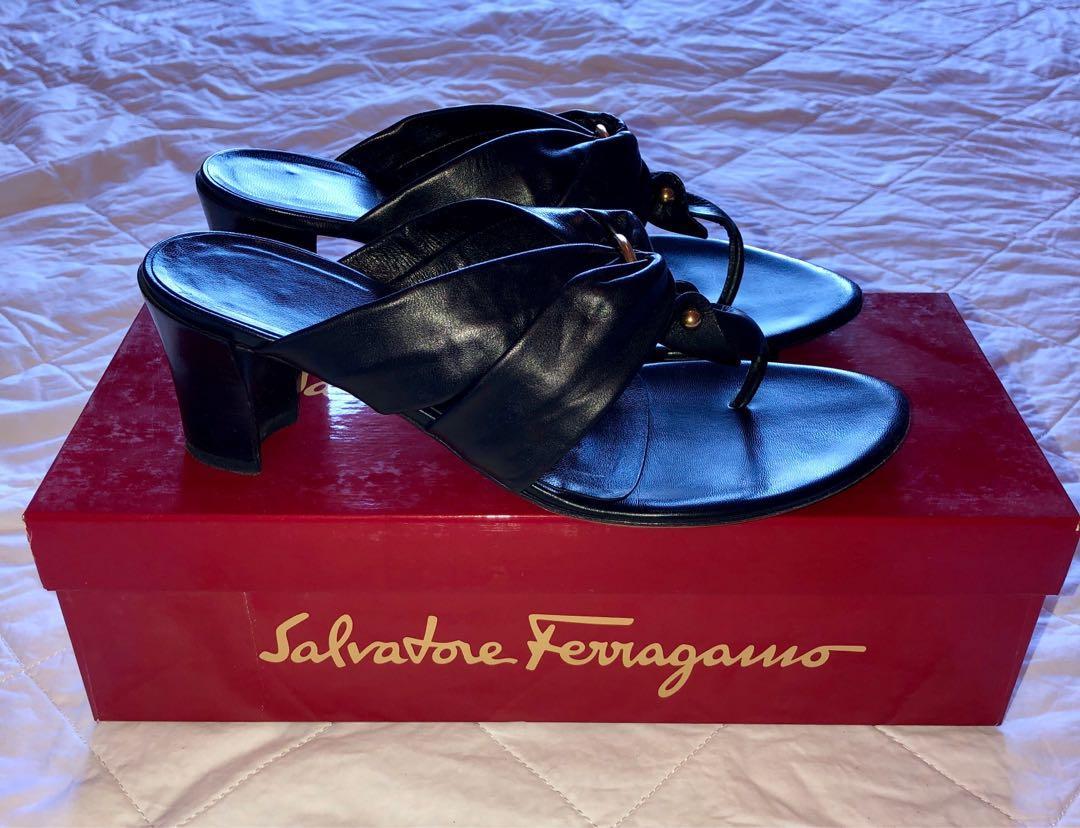 Salvatore Ferragamo black nappa calf leather sandals - Size 7.5C