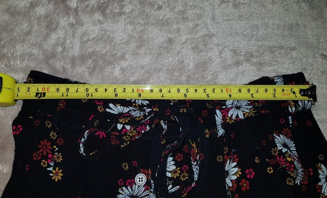 SPORTSGIRL Women's Flower Floral Mid Skirt with Belt Size 8