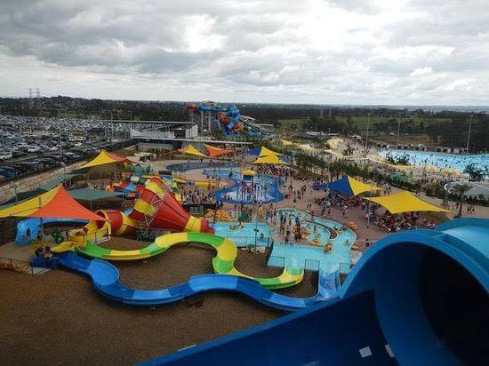 Sydney Raging Waters $25/ticket for RENT! (Sydney Wet n Wild)