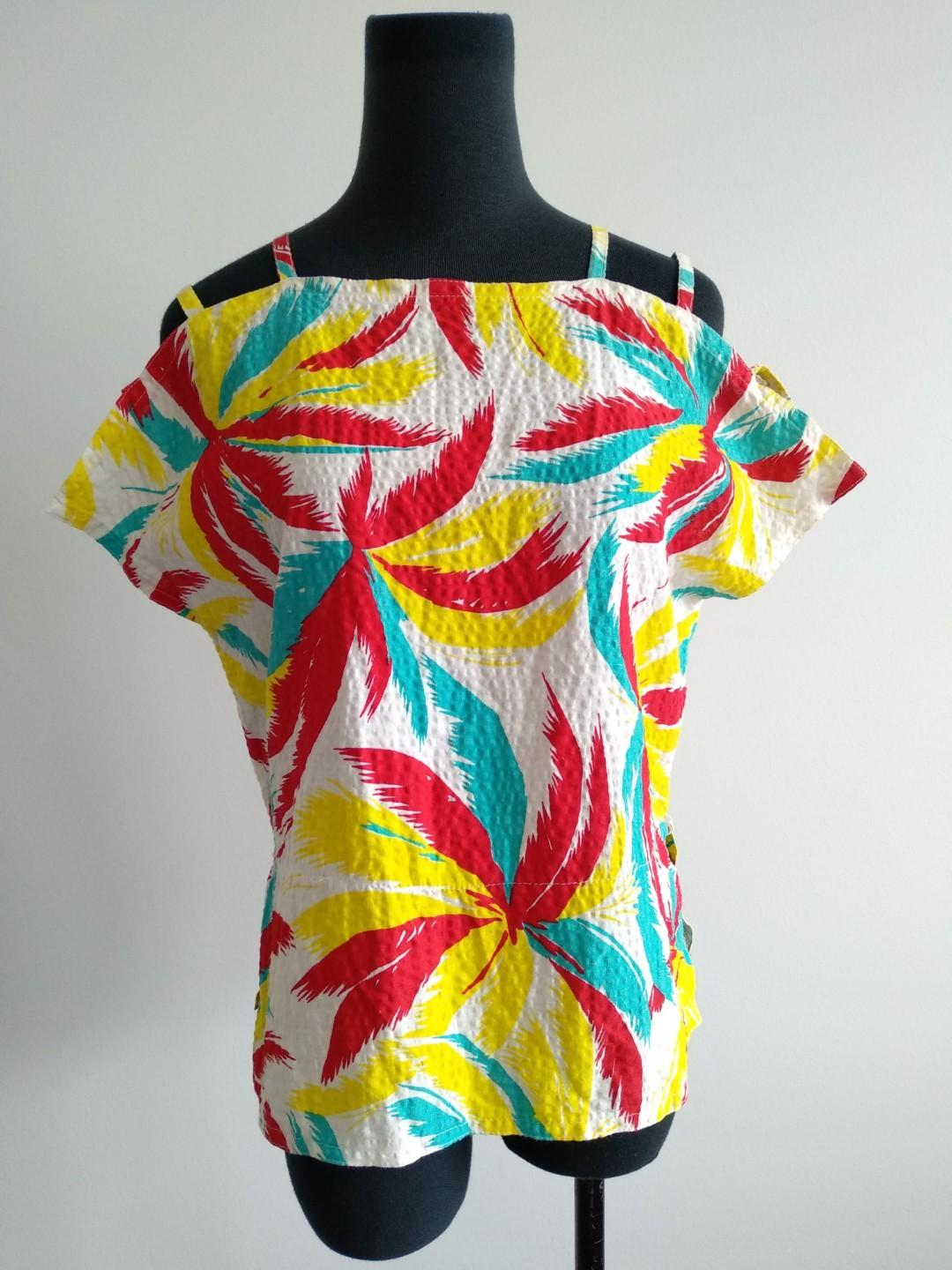 Vintage retro Hawaiian tropical print open shoulder top