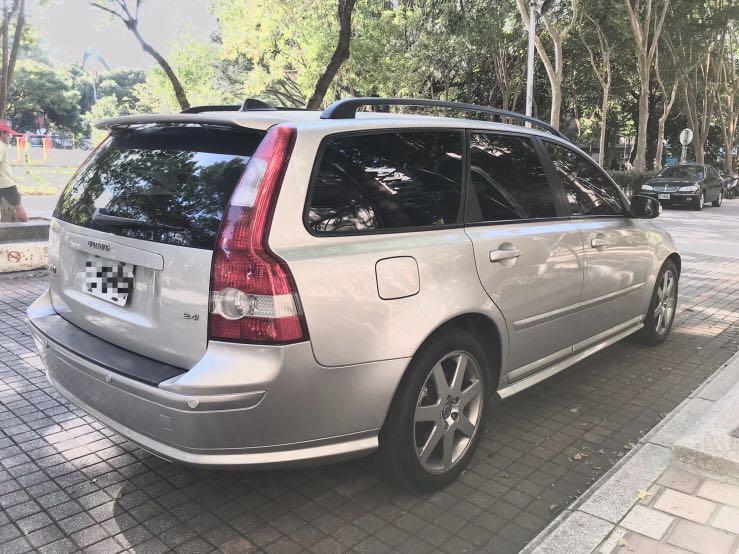 實車實價Volvo V50旅行車,可分期輕鬆擁有