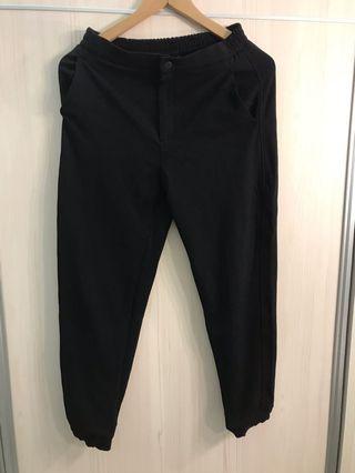 Uniqulo 黑色老爺褲 9.9成新
