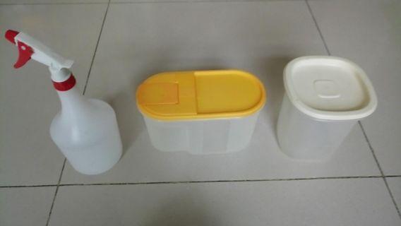 聖誕好價!每一個皆NT$15(NT$15/each),yellow box22*9*12cm, white box 12*12*15cm