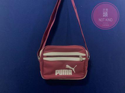 PUMA酒紅側背方包