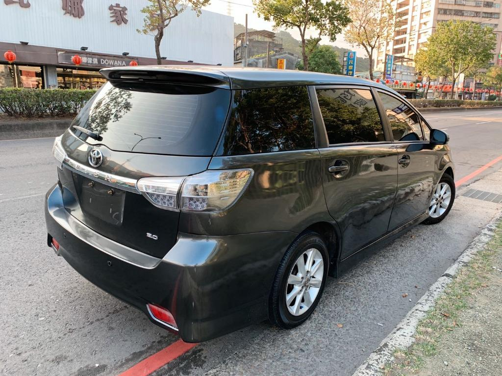 正2010年 最新款Toyota Wish 2.0E高階運動紅縫線格陵紋皮椅版 原廠黑鐵灰色