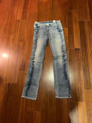 Levi's 中腰直筒褲