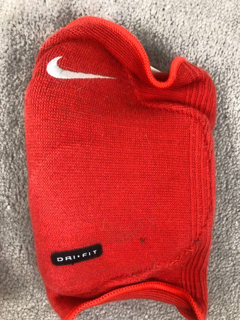 2 Piece Nike Red Dri Fit Knee Pads Kneepad Knee Protector Football Volleyball Sport Pad