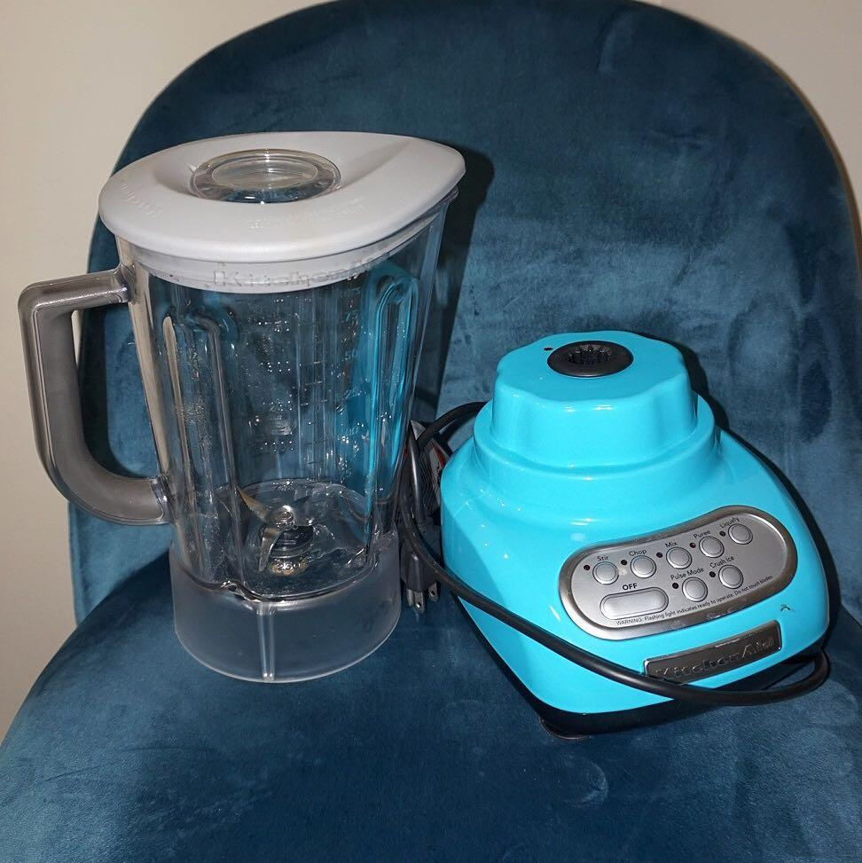 EUC KitchenAid 5-Speed Blender with 56 Ounce Pitcher