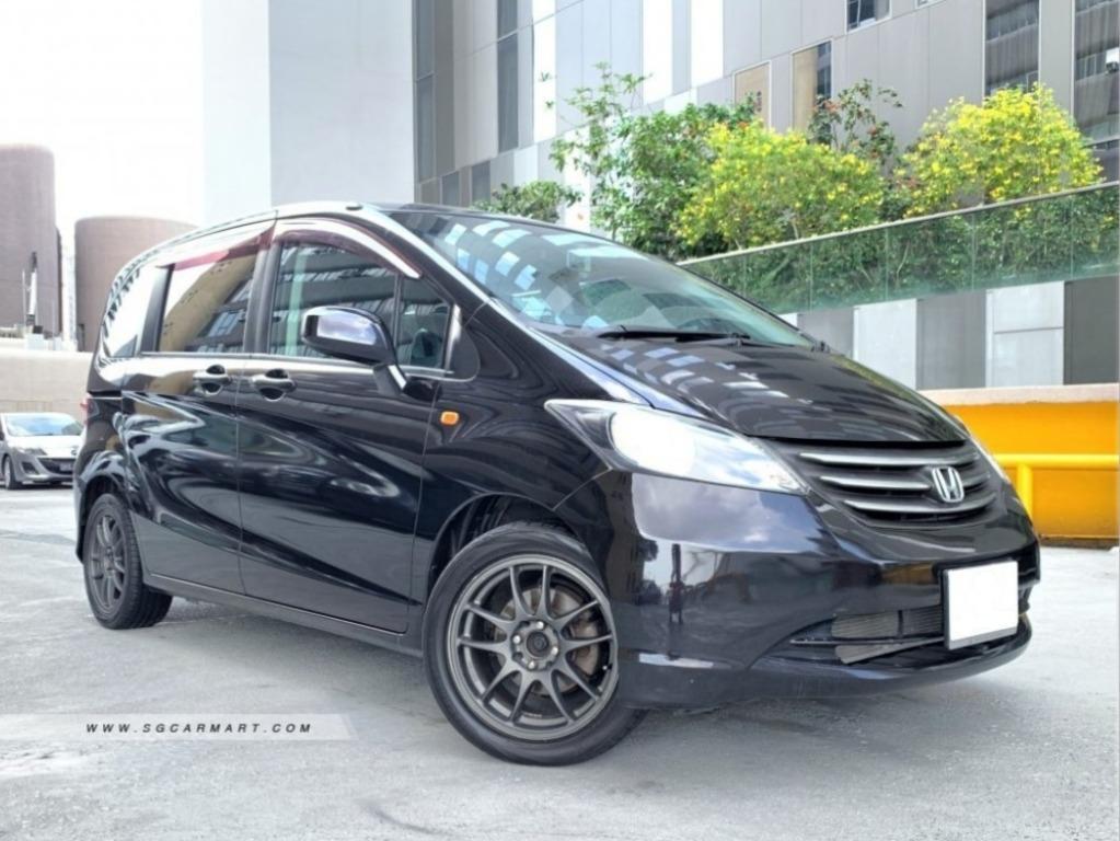 Honda Freed 1.5 Auto (COE Till 02/2024)