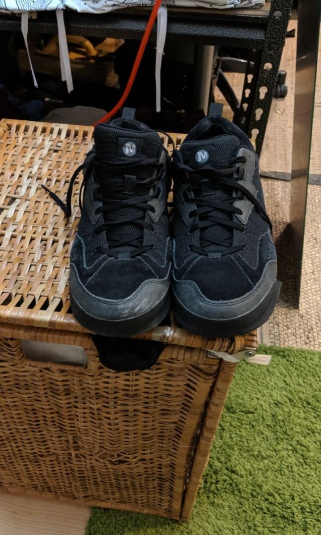 Lightly worn men's Merrell walking shoes - very comfortable