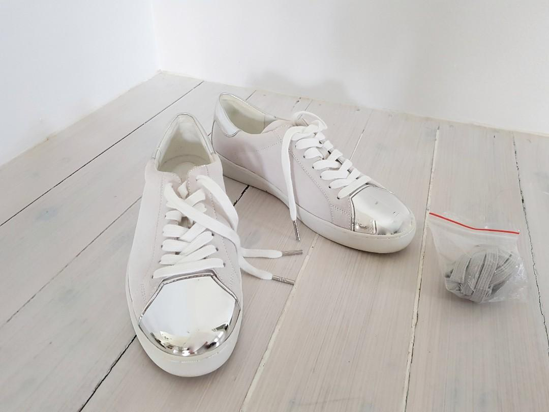 Michael Kors designer sneakers grey & white leather with chrome details