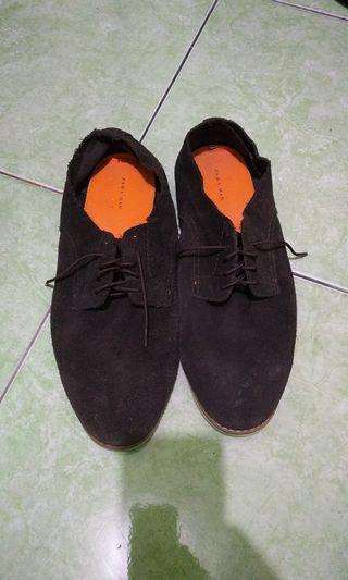 Sepatu Zara Man Original bahan suede size 44 insole 28,5 cm