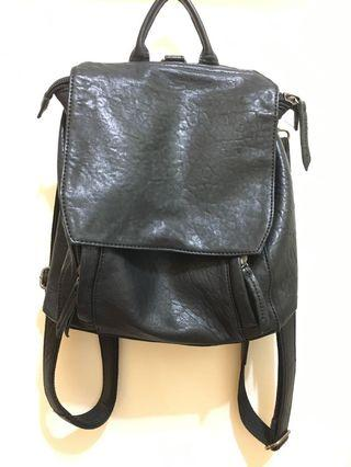 no216黑側背後背兩用包