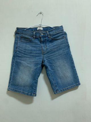 一件100 牛仔短褲 白色五分短褲