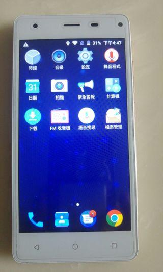 台灣大哥大 TWN Amazing A32 4G LTE 5吋