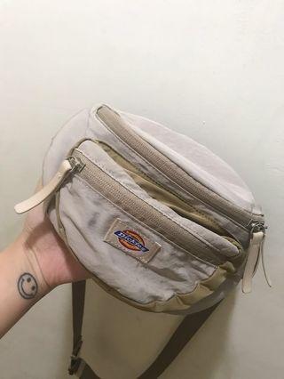 日本限定Dickies 卡其側背包肩背包單肩包腰包小包包包防潑水尼龍可愛小包二手正品