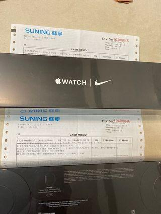 Apple Watch Nike Spot Band ( Series 5) Space Gray Aluminum Case 44MM Brand New $3330 (原價$3399)