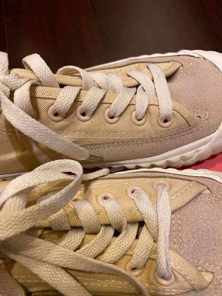 韓系奶茶色餅乾鞋 / 大地色穿搭